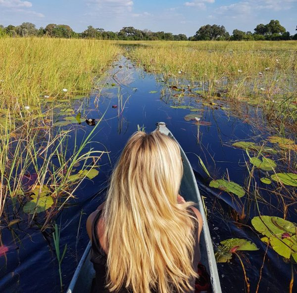 Roadtrip to Botswana - Okavango Delta in Mokoro
