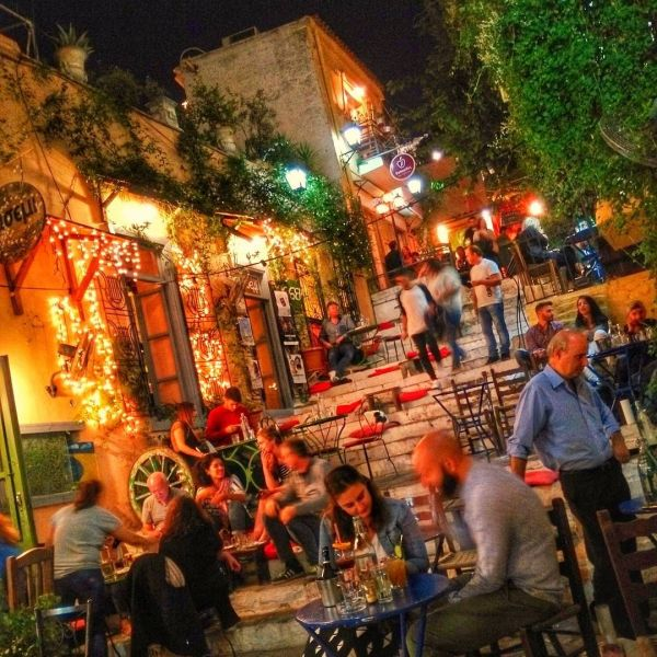 the best of Athens - what to do and see | streets of Plaka