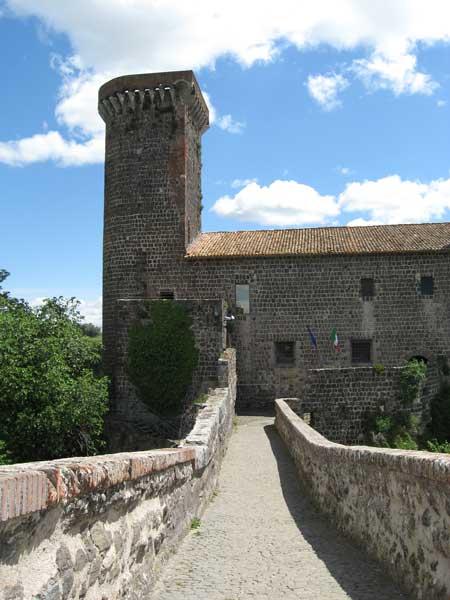 Castello della Badia, sede del Museo Archeologico di Vulci