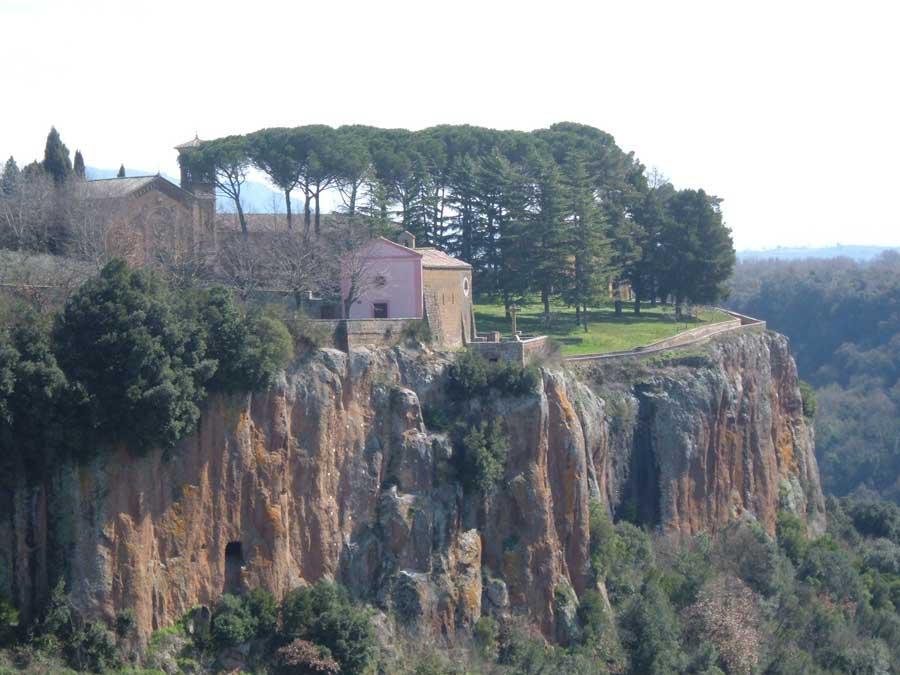 Santuario di Santa Maria ad Rupes