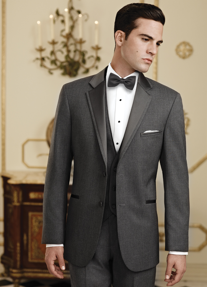 2013 Wedding Guide to Tuxedos and Suits