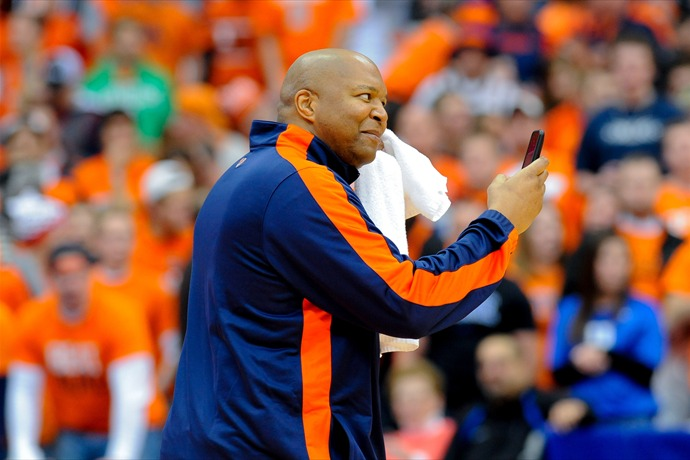 SYRACUSE, NY - FEBRUARY 01_  Former Syracuse University player Derrick Coleman gestures to the crowd during ESPN College GameDay_4494817299878726141-118809342