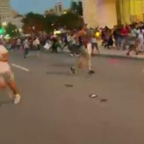people-scatter-in-Dallas-JPG_20160708222943-159532