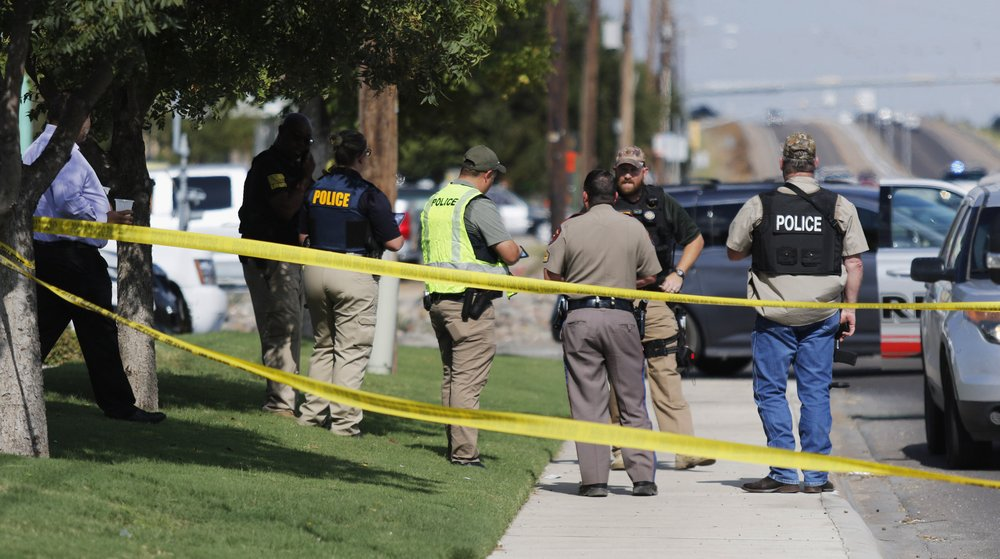 The Latest: Police: Texas gunman used 'AR-type weapon