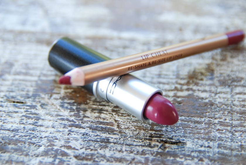 Charlotte Tilbury Lip Cheat in Crazy Love MAC Lipstick in Captive