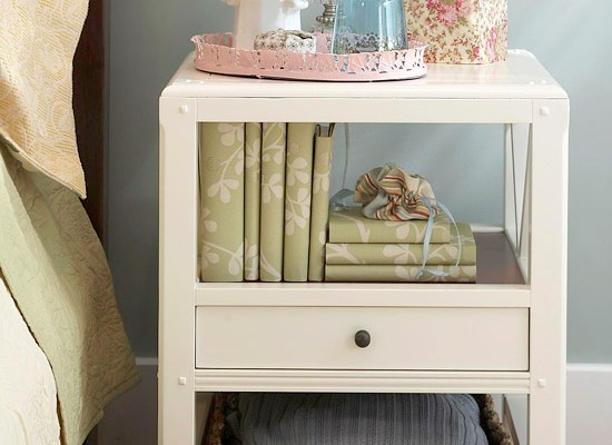 AN ORDERLY NIGHTSTAND
