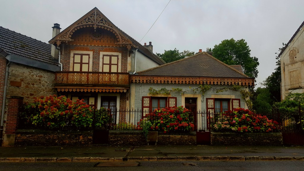 Nogent-sur-Seine, France, countryside, French countryside, picturesque houses