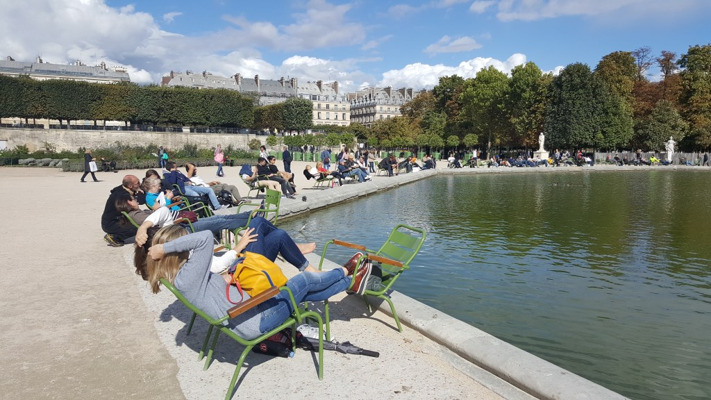 Garden, park, Paris, France, fountain, pond, basking under the sun, Tuileries