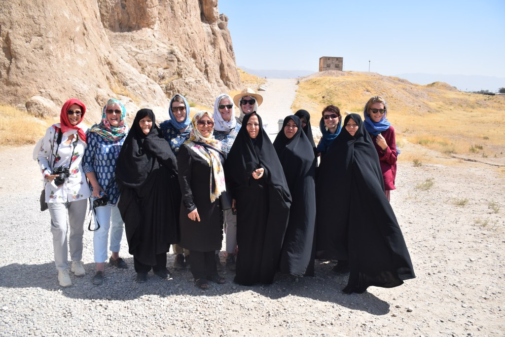 Iran, women, Necropolis, cultural interaction, see through different eyes