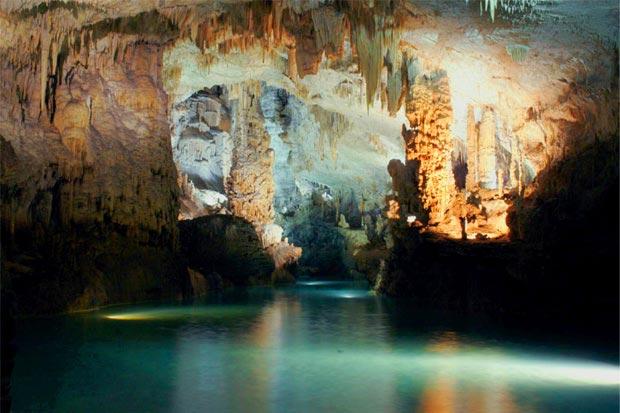 Jeita Grotto, Lebanon, cave, river, stalactite, stalagmate