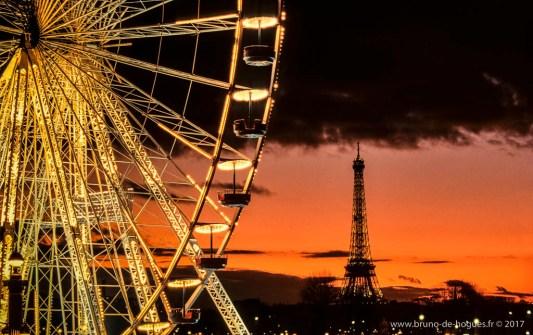 Grande Roue Et Tour Eiffel A Paris, France