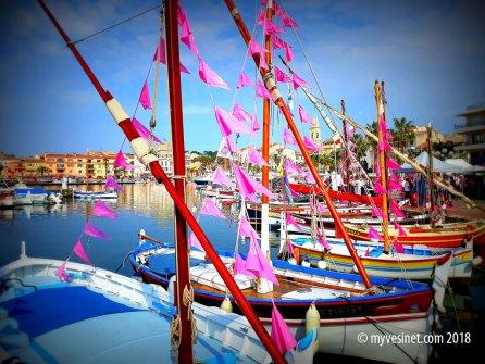 Carte postale : la vie en rosé à Sanary
