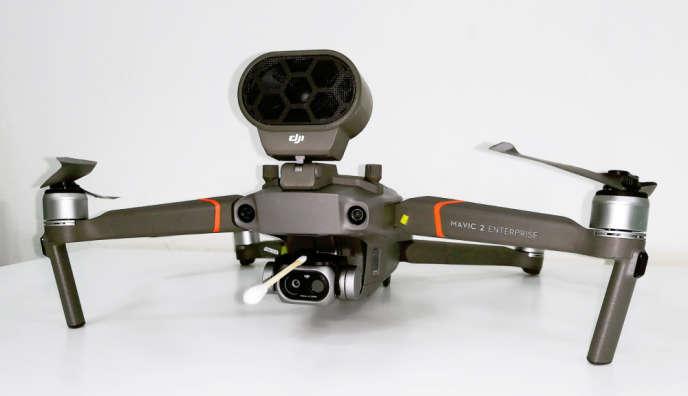 Le drone de DJI, de la société Flying Eye, peut-être utilisé pour mesurer la température humaine à distance.