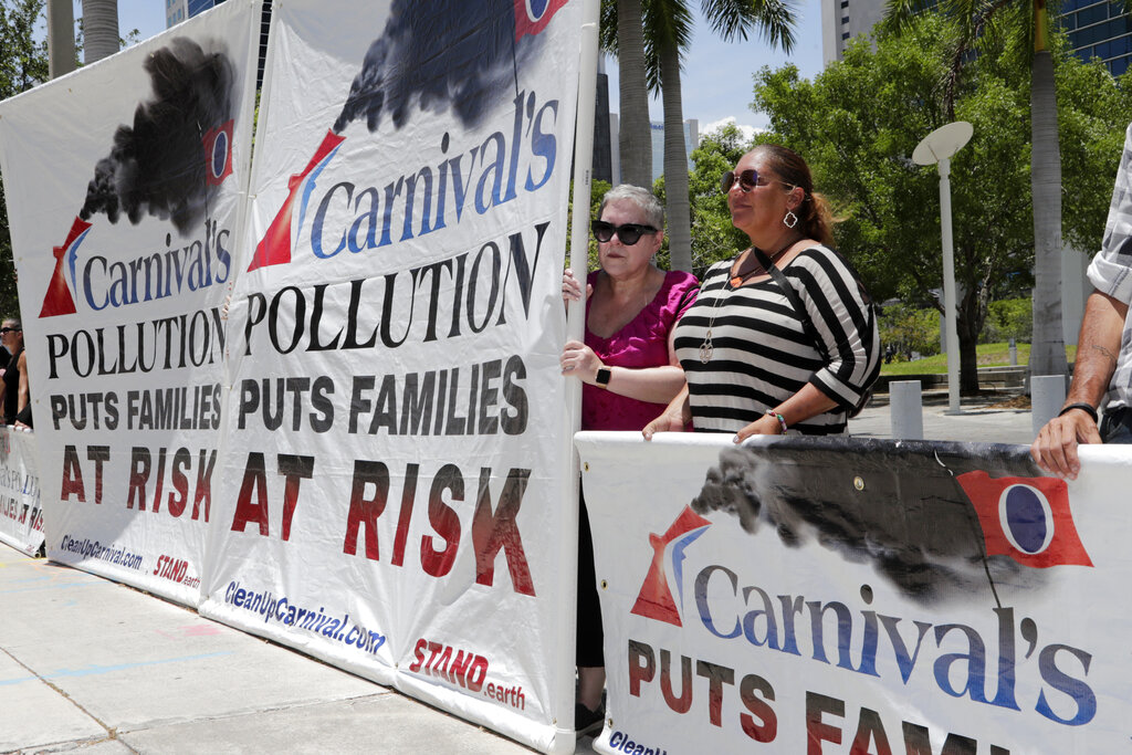 US Carnival Cruises Pollution_1559763531225