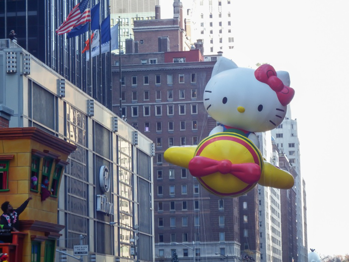 Do This, Not That // Macy's Thanksgiving Day Parade   Hello Kitty at the Macy's Thanksgiving Day Parade in New York City