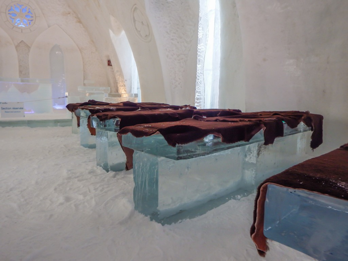 Hôtel de Glace // Straight Chillin' at Québec City's Ice Hotel | Québec City's ice hotel | The chapel | Ice pews