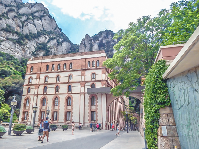 Day trip to Montserrat | 4 days in Barcelona, Spain, Catalonia | Things to do in Barcelona | What to do in Barcelona | Catholic monastery | Catalunya | 1 day in Montserrat | Serrated Mountains |
