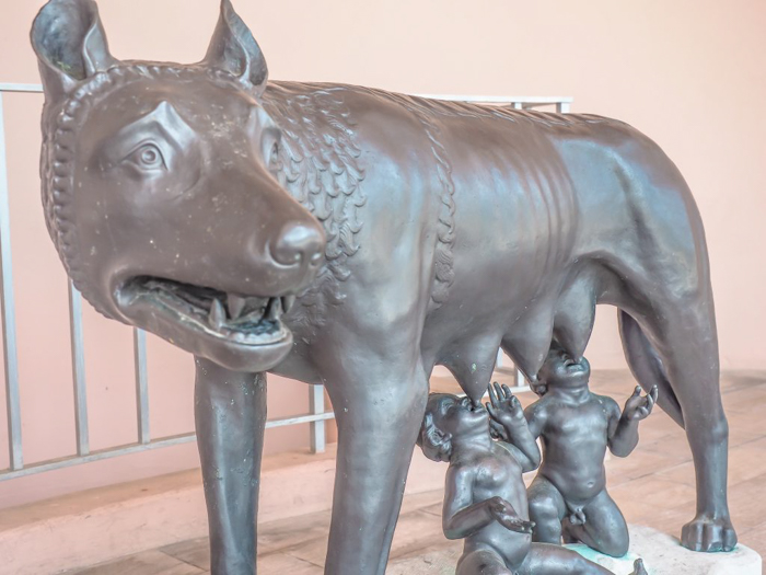 The Ringling // Getting My Italy Fix in Florida | Ringling | Ringling art museum and sculpture garden | Sarasota, Florida | Capitoline Wolf