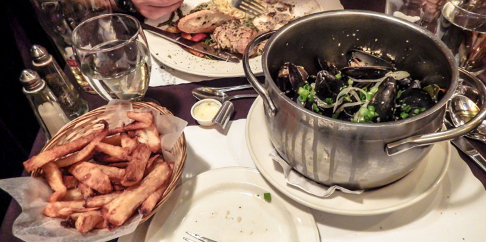 The Best Spots to Eat + Drink in Québec City | Mussels at Cafe St. Malo | Canada