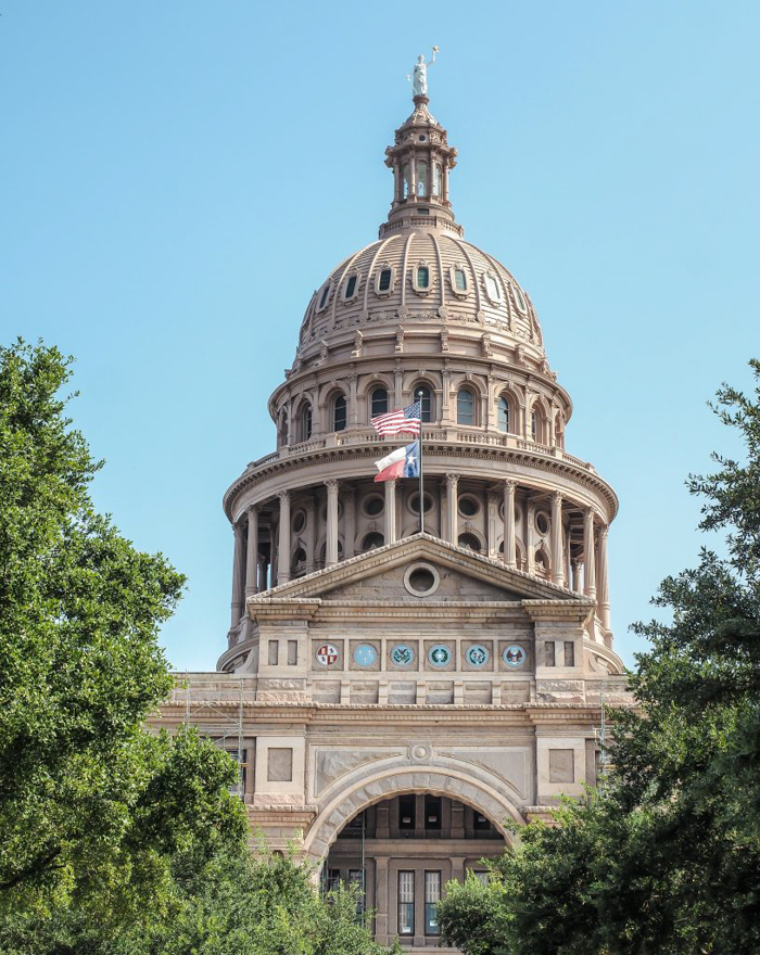 3 cities in 3 days in Texas | Dallas, Austin, San Antonio | What to do in Texas | Where to go in Texas | What to see in Texas | Dallas CityPASS | Austin, Bullock Texas State History Museum, capitol building, ugly statue