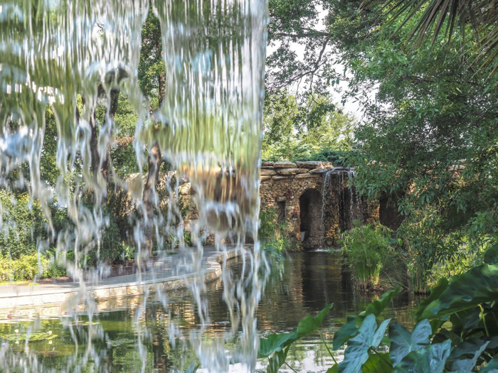 3 cities in 3 days in Texas | Dallas, Austin, San Antonio | What to do in Texas | Where to go in Texas | What to see in Texas | Dallas CityPASS | Dallas Arboretum waterfall