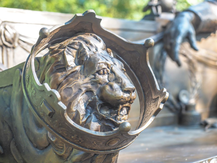 3 cities in 3 days in Texas | Dallas, Austin, San Antonio | What to do in Texas | Where to go in Texas | What to see in Texas | Dallas CityPASS | Dallas Arboretum lion statue