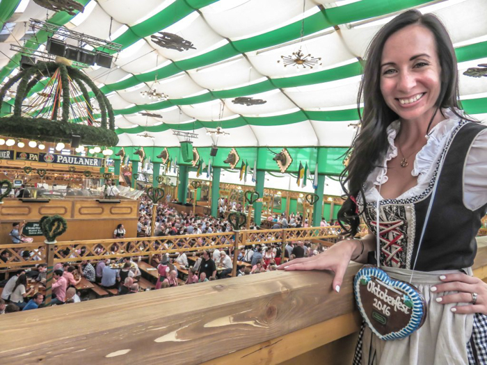 My Wanderlusty Oktoberfest Recap | What it's like at Oktoberfest in Munich, Germany | What it's like to travel to Oktoberfest with Thirsty Swagman | Oktoberfest beer tents | Oktoberfest food and beer | What to wear to Oktoberfest | Oktoberfirsts | dirndl