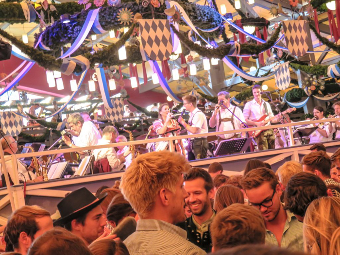 My Wanderlusty Oktoberfest Recap | What it's like at Oktoberfest in Munich, Germany | What it's like to travel to Oktoberfest with Thirsty Swagman | Oktoberfest beer tents | Oktoberfest food and beer | What to wear to Oktoberfest | Oktoberfirsts | Hacker-Pschorr Festzelt | Schottenhamel tent