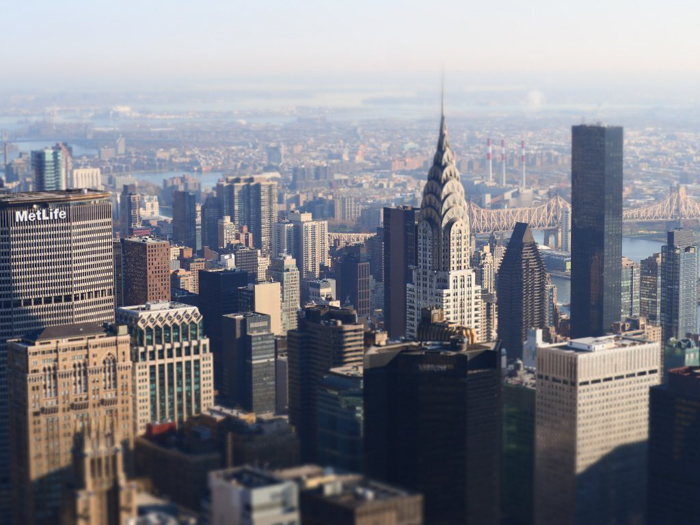 Is the observatory at the Empire State Building the best observation deck in New York City? (The Chrysler Building and Midtown Manhattan)