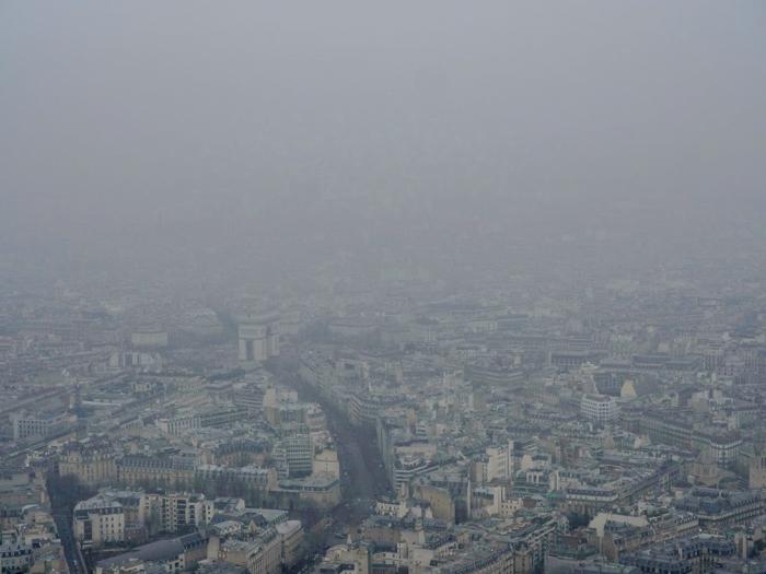3 days in Paris, France | Paris Museum Pass | Paris Passlib' | Paris Visite | Eiffel Tower | cloudy view