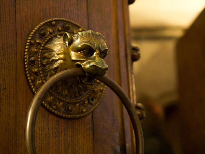 3 days in Paris, France | Paris Museum Pass | Paris Passlib' | Paris Visite | Notre Dame Cathedral | Treasury door knocker