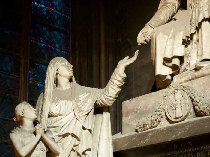 3 days in Paris, France | Paris Museum Pass | Paris Passlib' | Paris Visite | Notre Dame Cathedral | sculptures