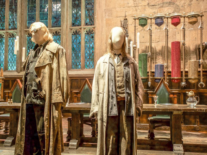 Do This, Not That // Harry Potter Studio Tour | Leavesden, London, UK | Harry Potter film studio and set | Things to do in London | What to do in London | What to see in London | Mad Eye Moody and Mr Filch in the Great Hall