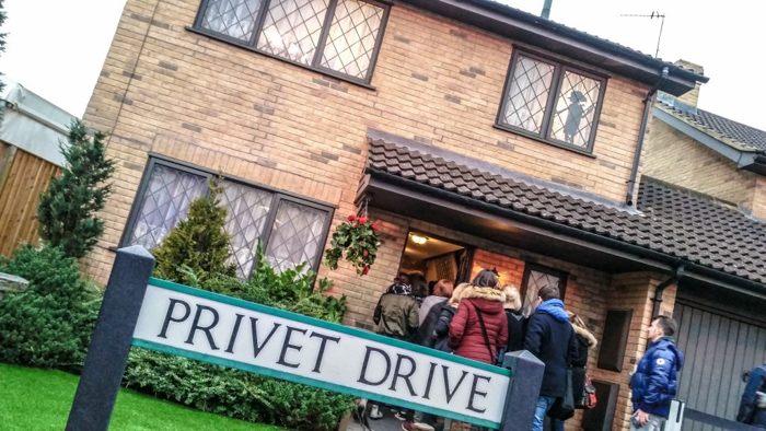 Do This, Not That // Harry Potter Studio Tour | Leavesden, London, UK | Harry Potter film studio and set | Things to do in London | What to do in London | What to see in London | Privet Drive