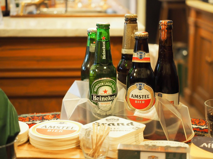 Tasting room | The Heineken Experience in Amsterdam | the Netherlands | Heineken Brewery | brewery tour | VIP tasting | beer | Amstel | Brand | Affligem | Heineken 41 | beer tasting