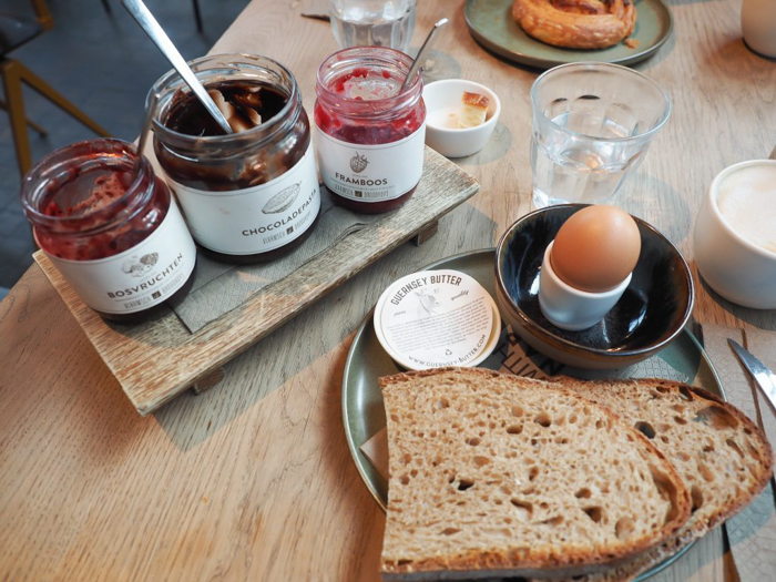 Breakfast at Vlaamsch Broodhuys | 3 days in Amsterdam, Netherlands
