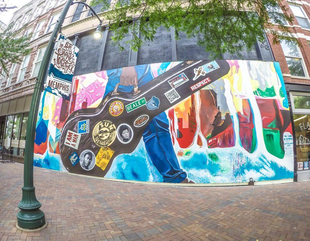 Memphis, Tennessee is weird - street art on Main