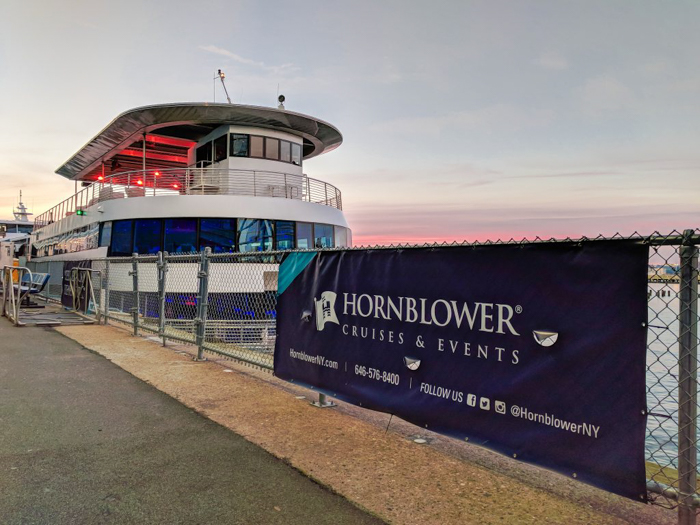 My NYC Thanksgiving Dinner Cruise Experience | Hornblower Cruises | New York City, Manhattan | Yams on a Yacht | Thanksgiving in New York City | Sign