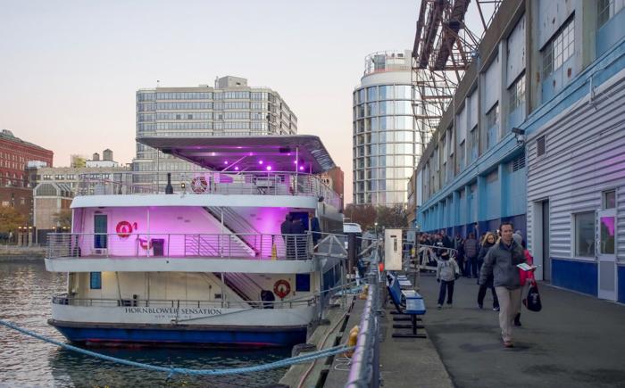 My NYC Thanksgiving Dinner Cruise Experience | Hornblower Cruises | New York City, Manhattan | Yams on a Yacht | Thanksgiving in New York City | Yacht Sensation