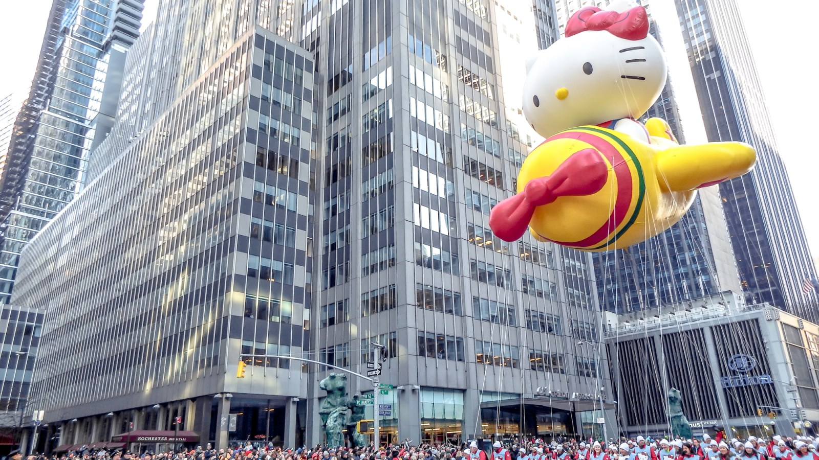 Do This, Not That at the Macy's Thanksgiving Day Parade tips in New York City