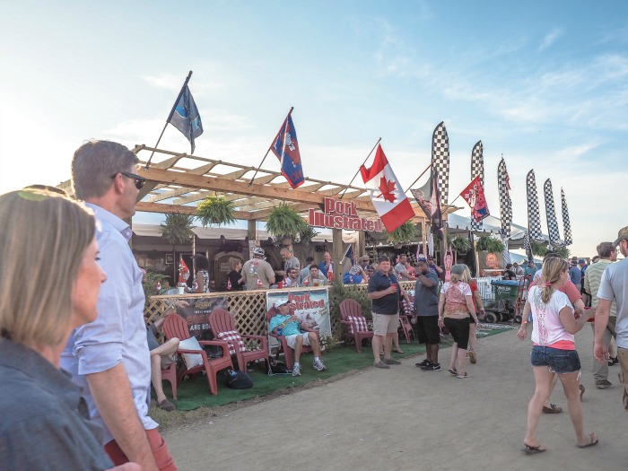 200 things to do in memphis, tennessee for first-time visitors, a local's guide | BBQ fest, Memphis in May #traveltips #memphisinmay #memphis #bbqfest