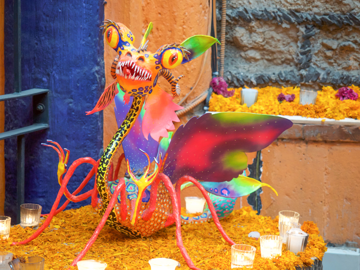 Do This, Not That // Celebrating Day of the Dead in Mexico for First-Timers | Día de los Muertos, what to wear for day of the dead, where to experience day of the dead in mexico, cultural significance, traditions, dos and don'ts, tips | alebrijes