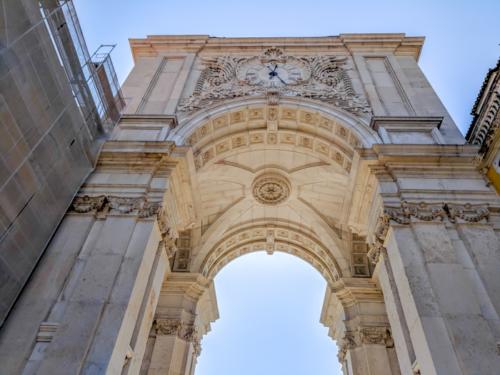 A First-Timer's Guide to Spending 3 Days in Lisbon, Portugal | What to do in Lisbon, what to see in Lisbon | UNESCO World Heritage Sites, museums, where to eat in Lisbon | How to spend 3 days in Lisbon | Rua Augusta Arch #traveltips #lisbon #portugal #arch