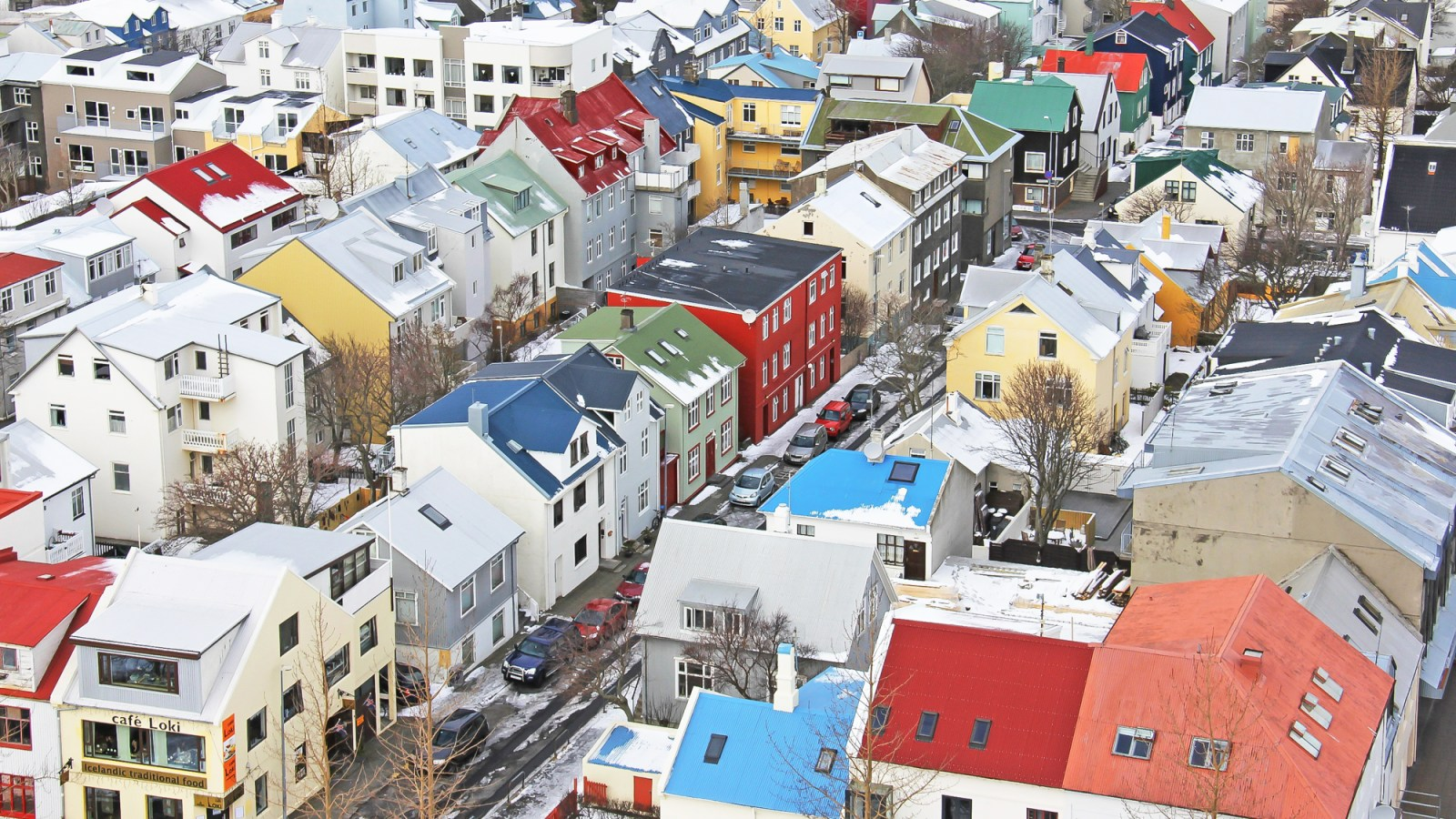 Get to know Iceland | Reykjavik | Where to stay in Iceland, what to pack for Iceland, and what you need to know about Iceland | #timebudgettravel #traveltips #Iceland #reykjavik #bluelagoon