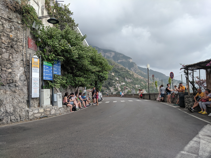 Sponda bus stop for the City Sightseeing bus in Positano, along the Amalfi Coast | Hiking the Path of the Gods from Sorrento, Italy on the Amalfi Coast | #pathofthegods #sorrento #amalficoast #hiking #italy