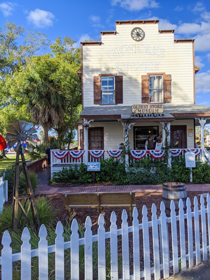 Oldest museum store / 1 day in St. Augustine, Florida: A quick trip to America's oldest city / 24 hours in St. Augustine / day trip to St. Augustine from Jacksonville or day trip to St. Augustine from Orlando