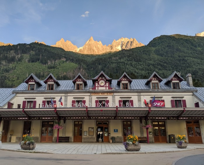 Chamonix in the summer travel guide: How to get to Chamonix, Chamonix train statin