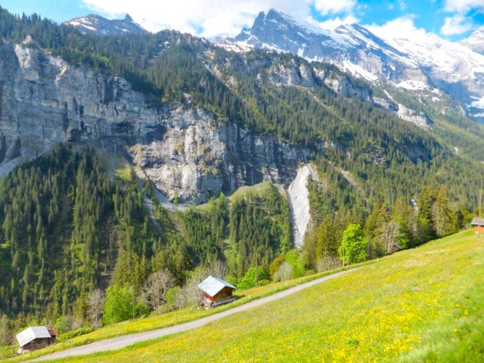 Gimmelwald Swiss Alps hut and mountains | Where to stay in Gimmelwald, Switzerland: Mountain Hostels and B&Bs | Best places to stay in Gimmelwald