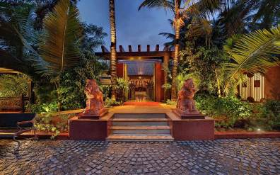 mayfair-goa enterance