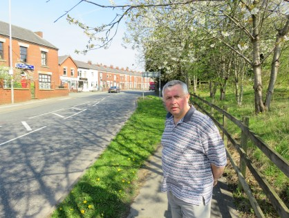 Double yellow lines planned for Leigh Road